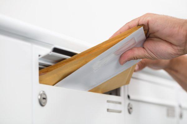 Durch Einsatz innovativer Technologien wie Echtzeit Tracker und RFID kann die Laufzeitmessung im Detail den Sendungsverlauf vom Abholkunden bis zum Empfänger (end-to-end) in der Zustellstruktur des Postdienstleisters abbilden.